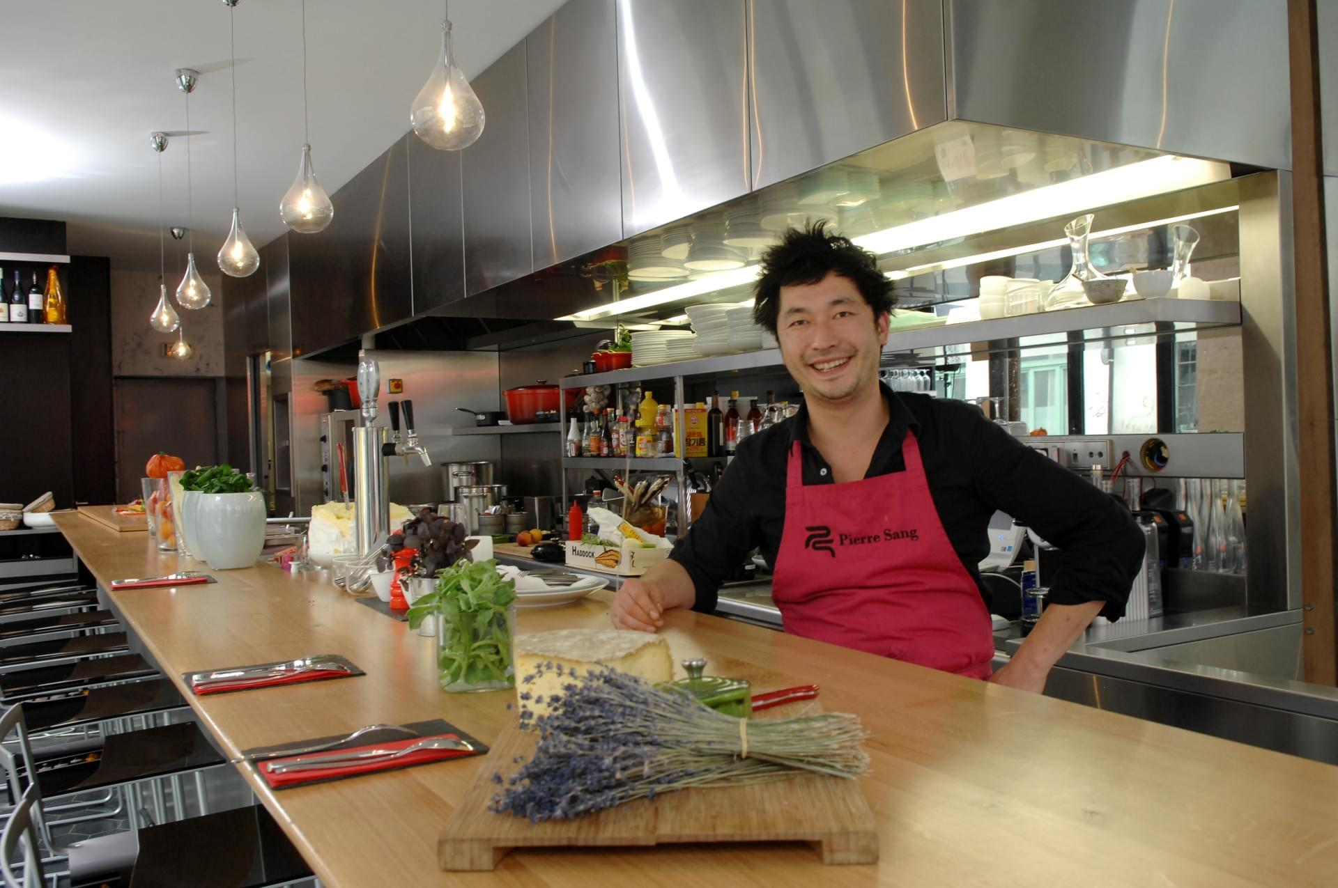 Photo Interview Exclusive de Pierre Sang Boyer, finaliste de Top Chef 2011 et chef du restaurant Pierre Sang in Oberkampf