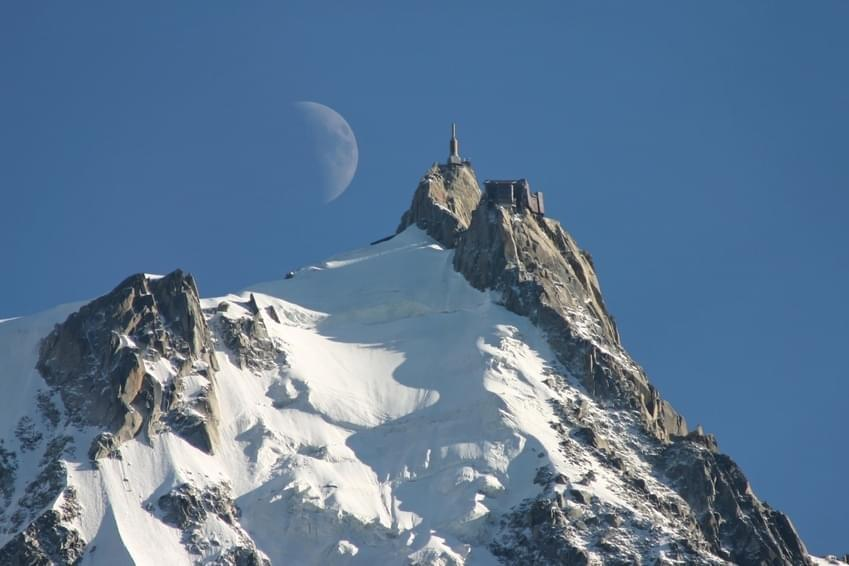 Photo ''Le Pas dans le Vide'', l'attraction à sensation de l'Aiguille du Midi