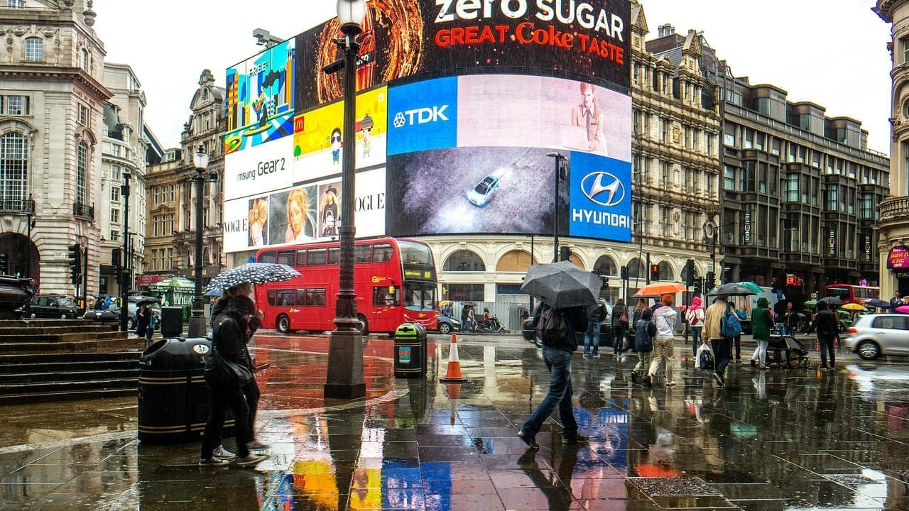Photo Piccadilly circus : les bons coins pour faire du shopping
