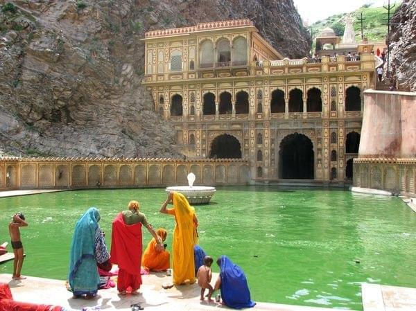 Photo Jaipur la forteresse naturelle