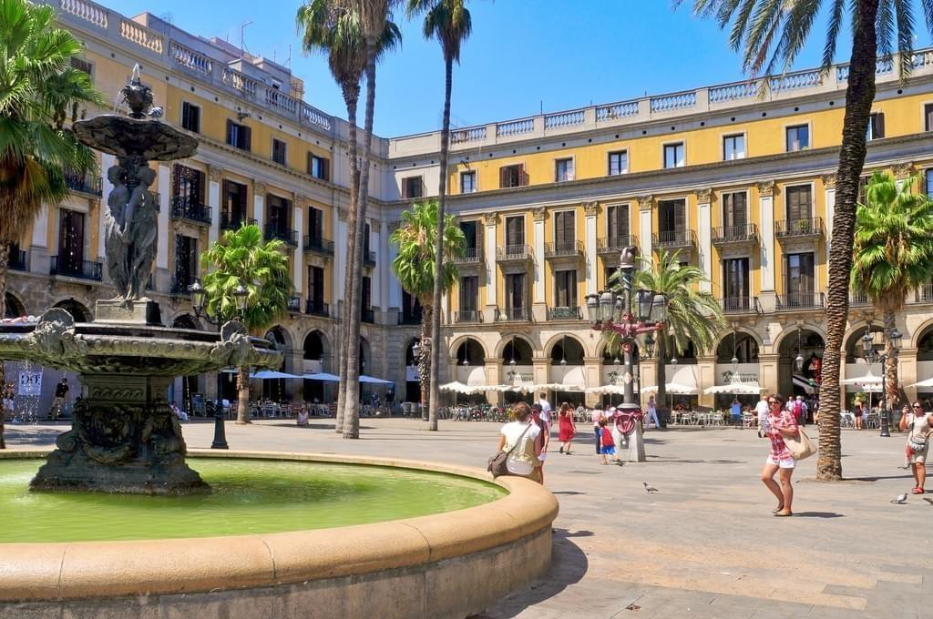 Photo Plaza Reial - place royale de Barcelone