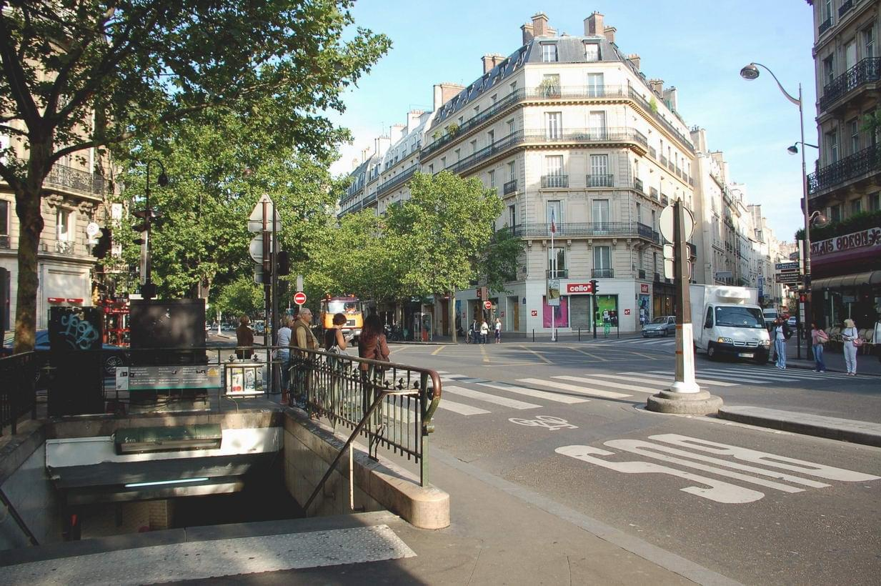 Boulevard saint germain pictures to pin on pinterest pinsdaddy - Electrorama bd saint germain ...