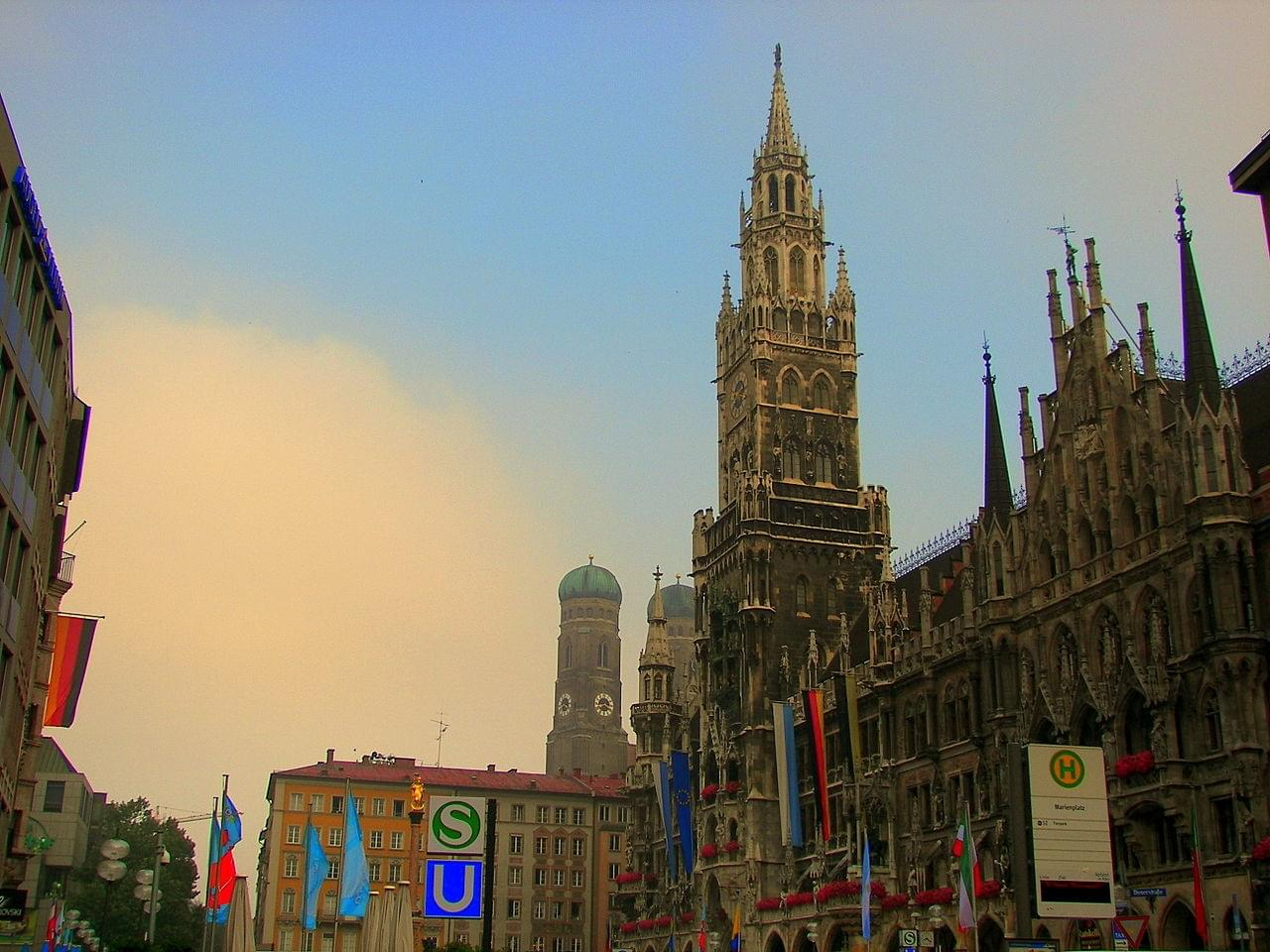 Le Vieux Munich, la Marienplatz et ses monuments : introduction