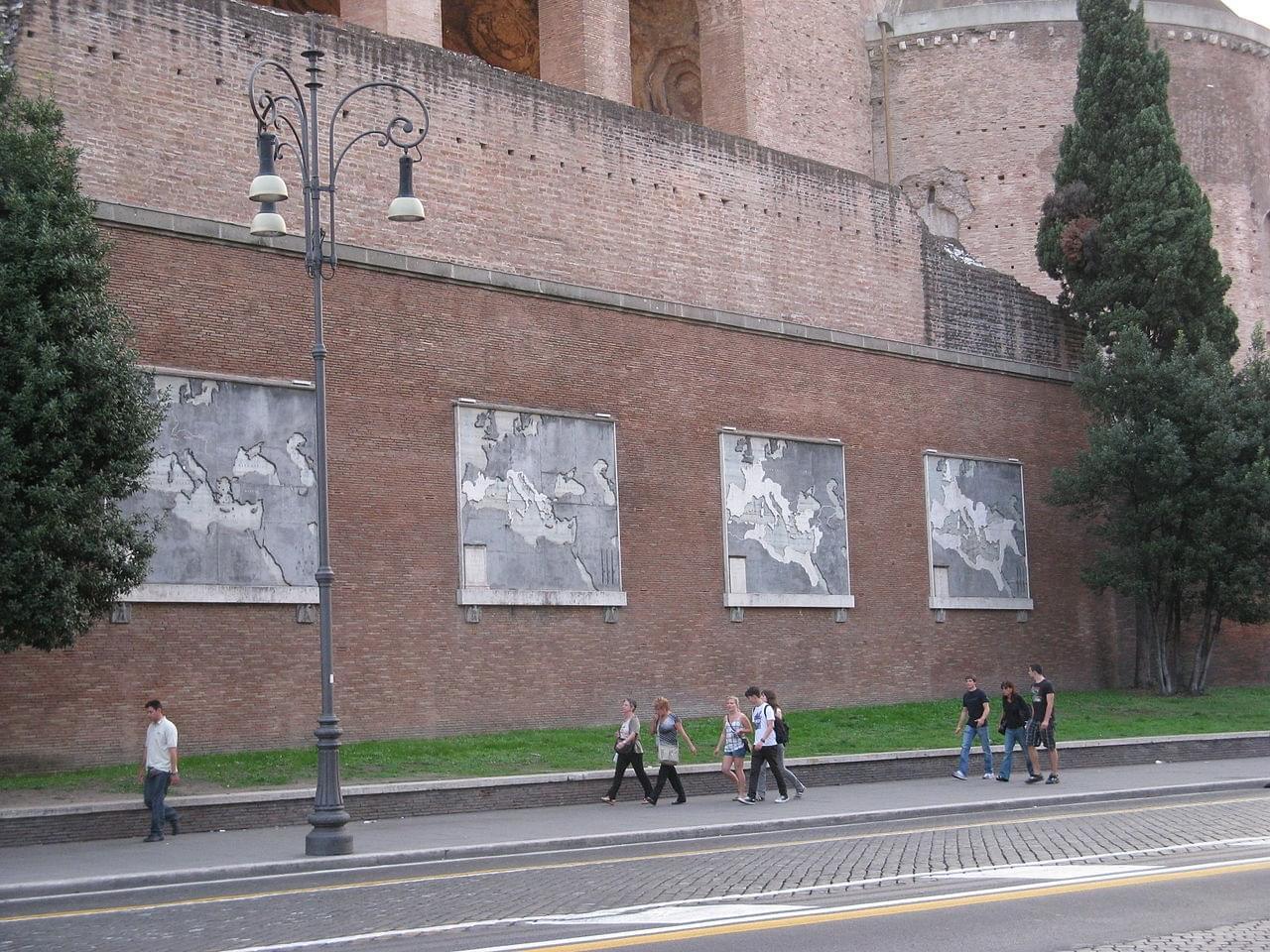 Les cartes de Mussolini