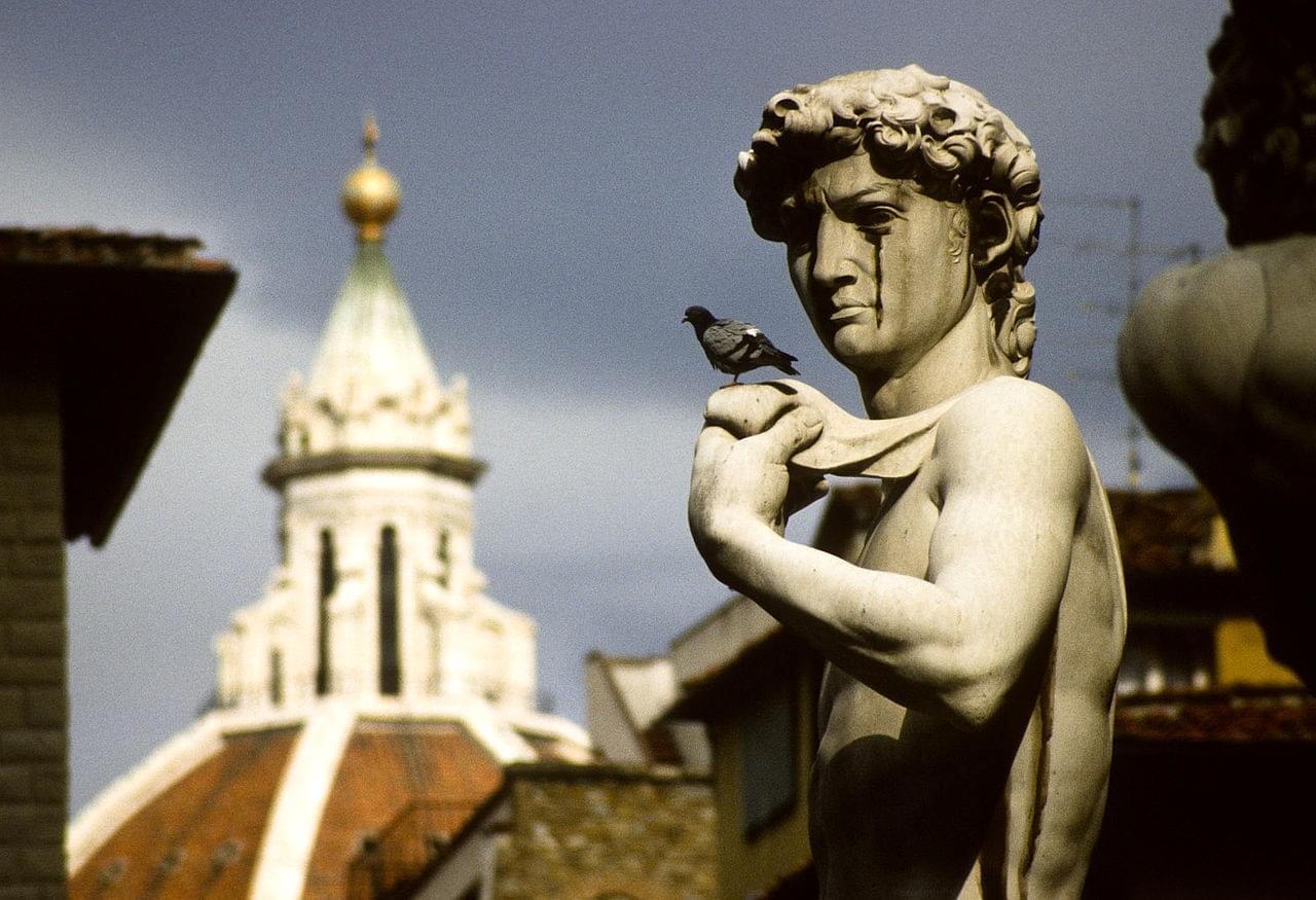 Les statues sculptées par Donatello et Michel-Ange