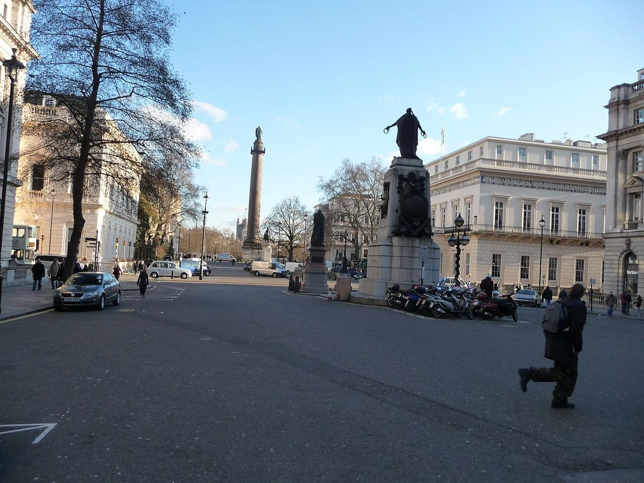Le Waterloo Place