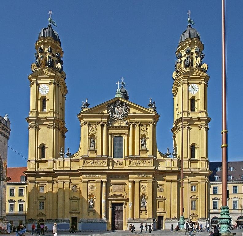 die Theatinerkirche