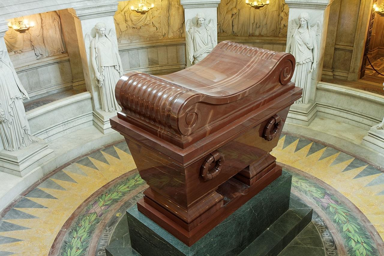 Introduction THE INVALIDES and NAPOLEON'S TOMB