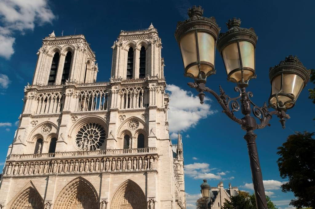 an introduction to the architecture notre dame cathedral in france