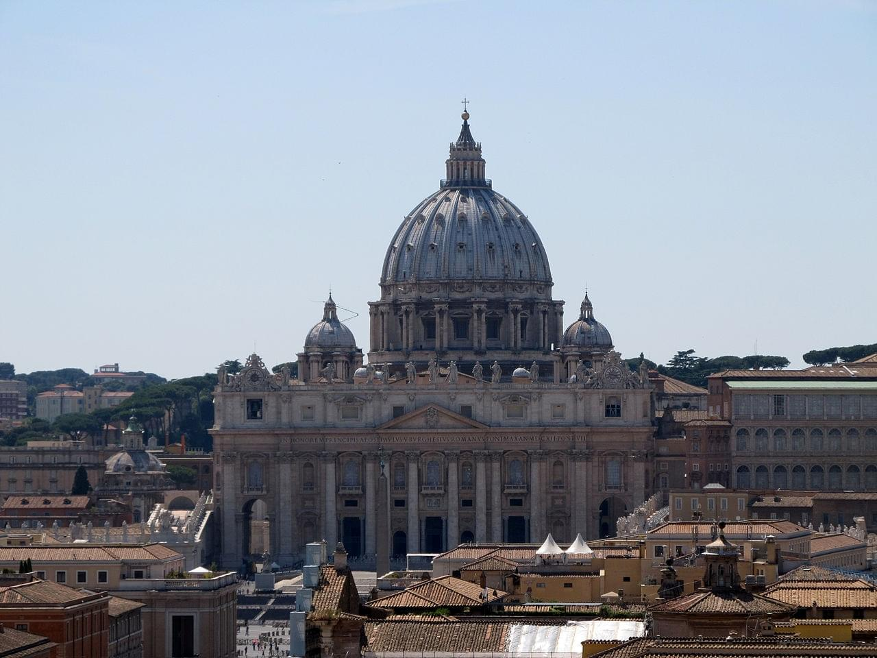 The description of the St Peter's Basilica