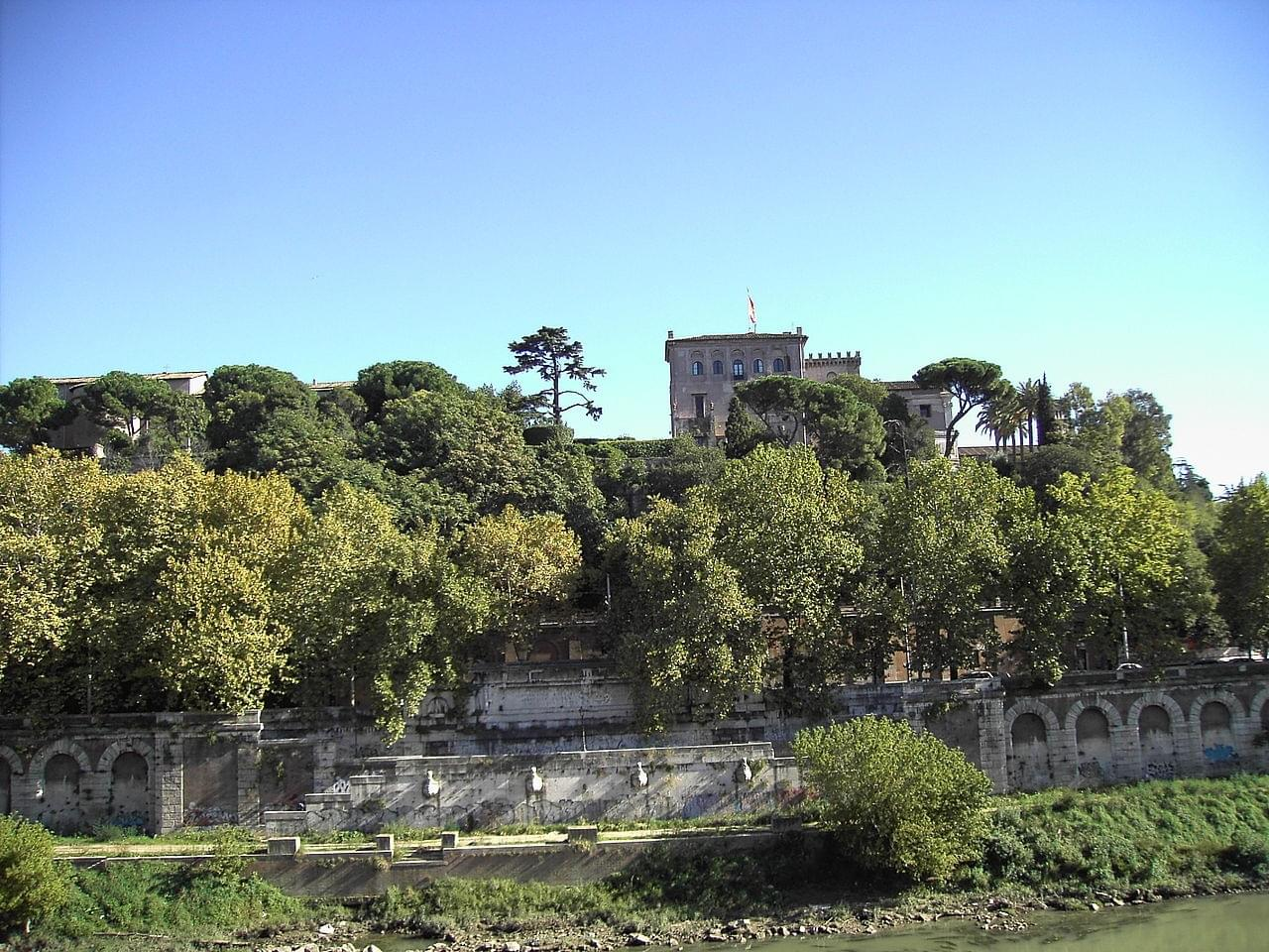 Introduction to Walk around the Aventine Hill and the Basilica of Santa Sabina