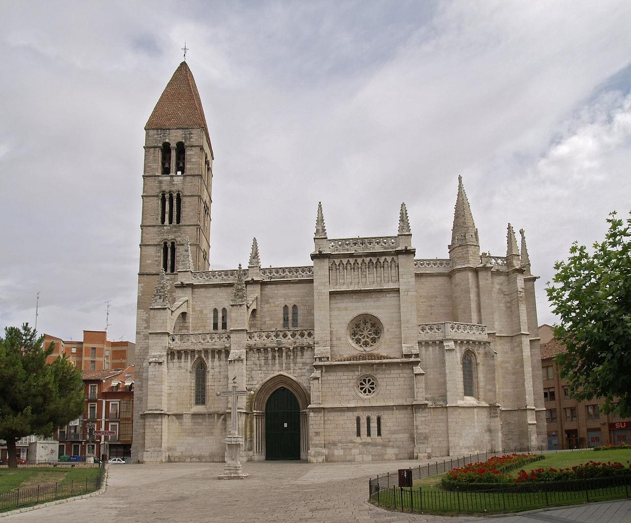 Photo Église Santa María la Antigua à Valladolid