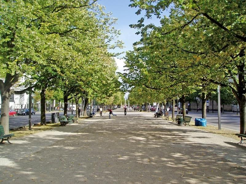 Photo Avenue Unter den Linden