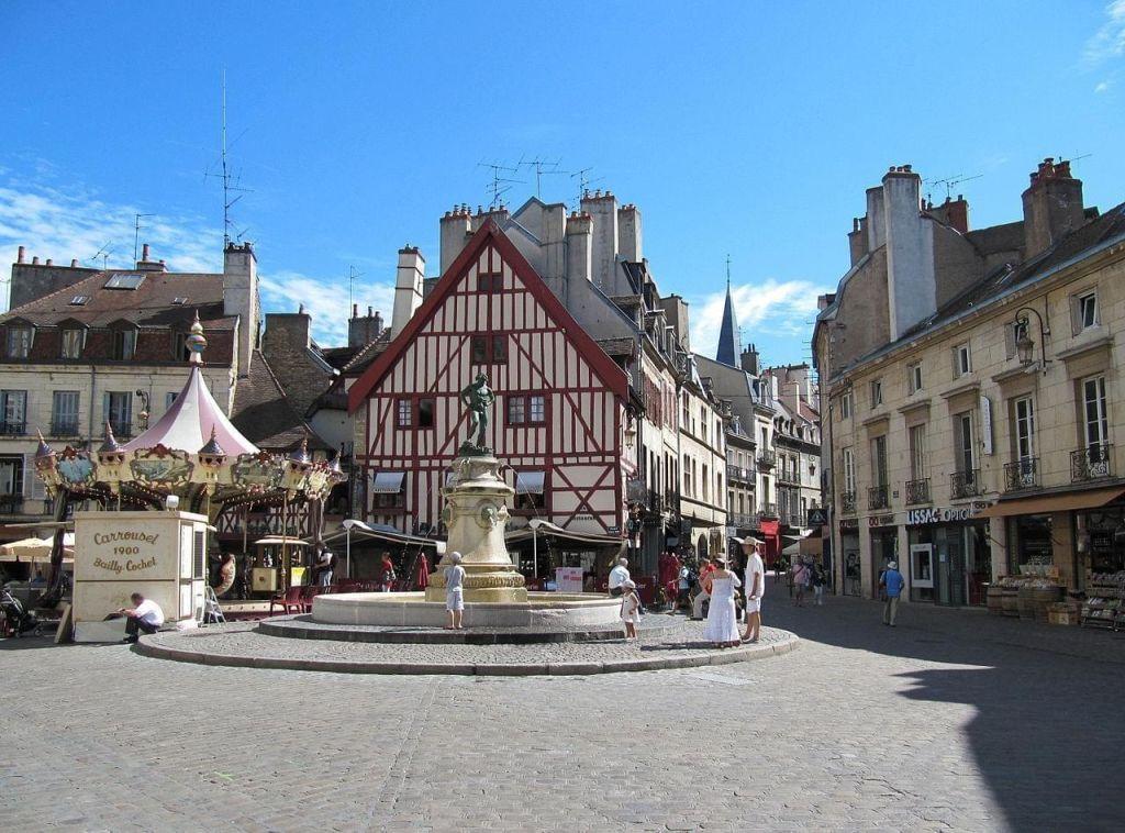 Place du Bareuzai