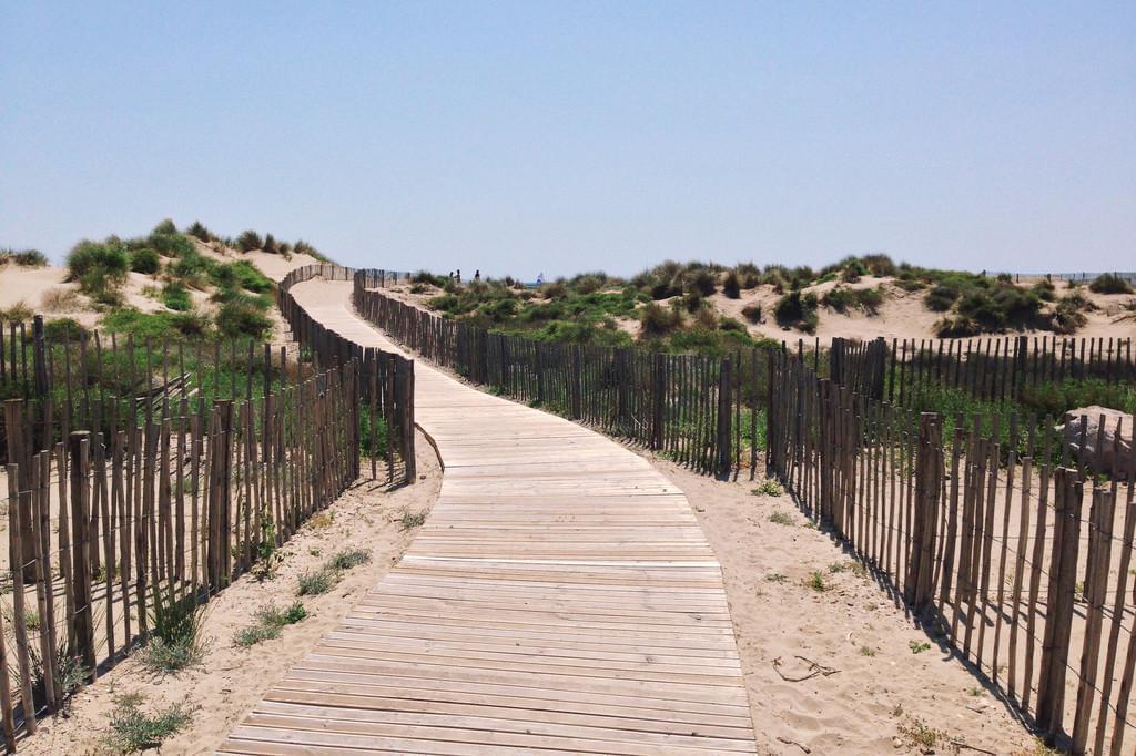 Photo La route des plages de Montpellier en voiture