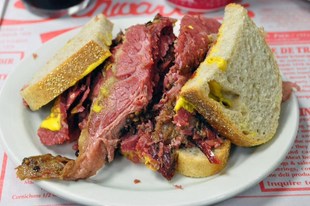 Photo Schwart's, le meilleur smoked meat de Montréal (sans conteste)