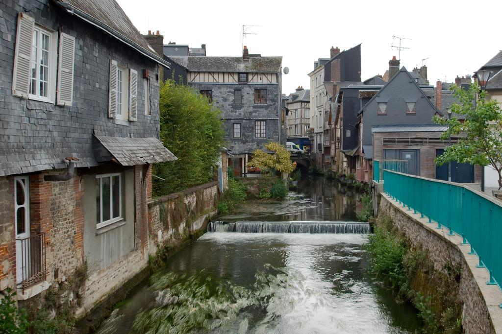 Photo Découvrir le village de Pont Audemer, la Venise normande.