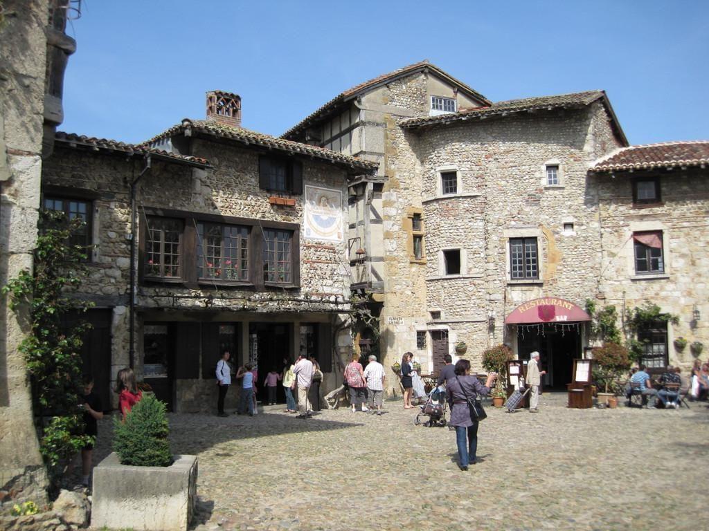 Photo Pérouges - cité médiévale