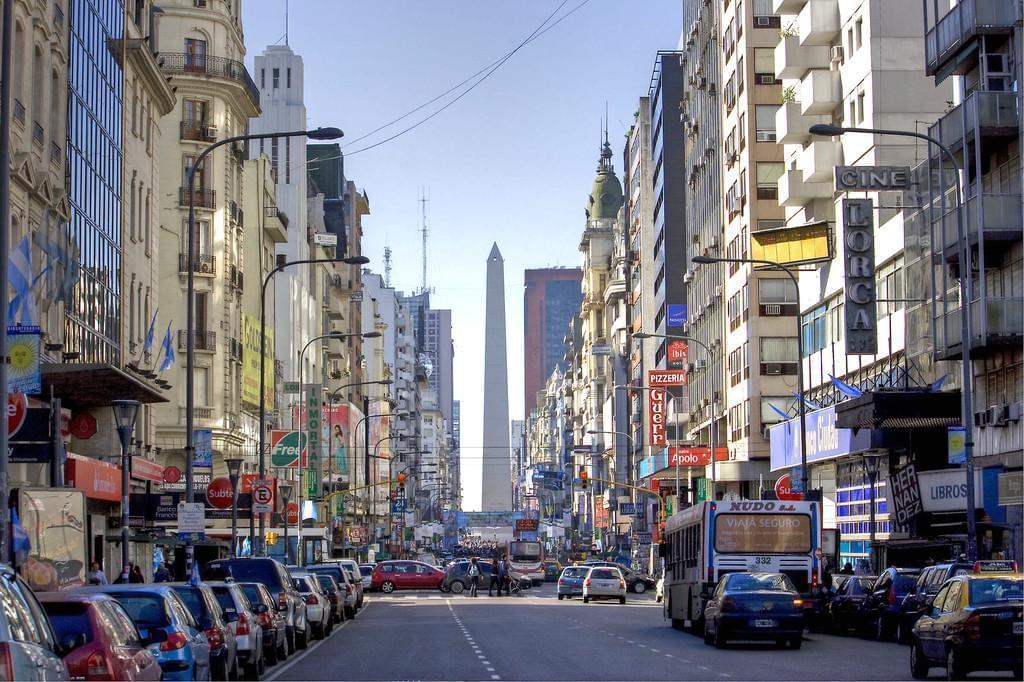 Photo L'avenue Corrientes, c'est le Broadway de la ville !