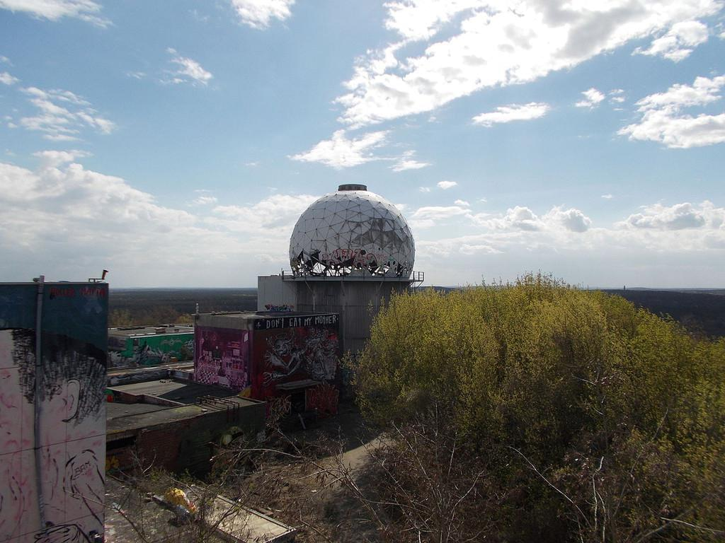 Photo Plus beau panorama sur Berlin, Teufelsberg