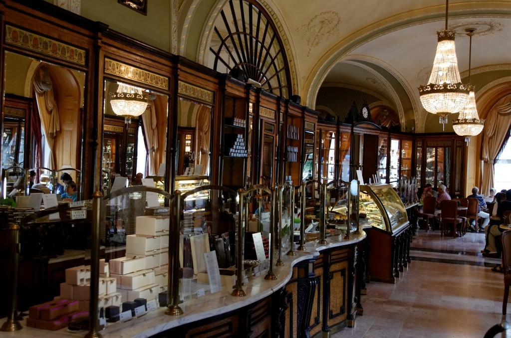 Photo Gerbeaud, le salon de thé-pâtisserie must de Budapest