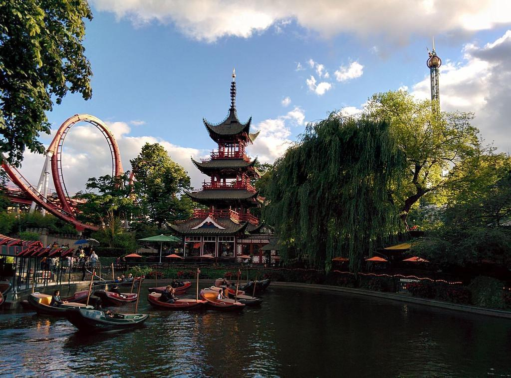 Photo Le parc d'attraction de Tivoli à Copenhague