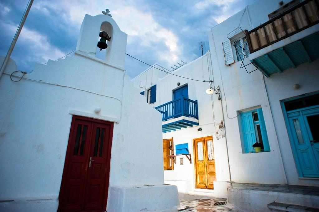 Photo Chora, la capitale de Ios, un village ''capitale'' dans les Cyclades