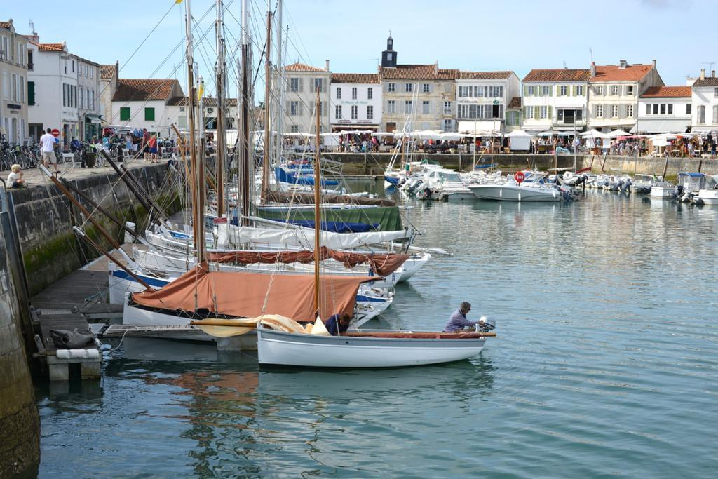 Photo Le village de la Flotte, port de charme