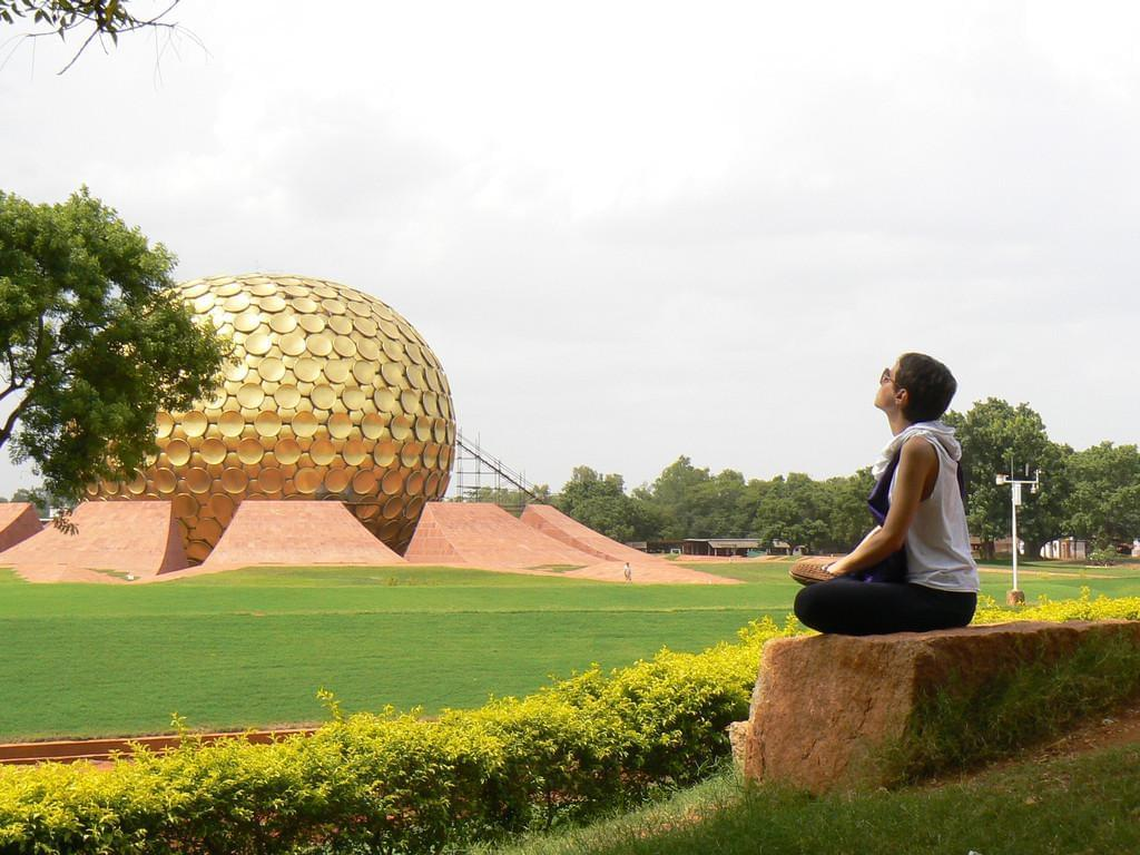 Photo A faire à Auroville : du bénévolat.