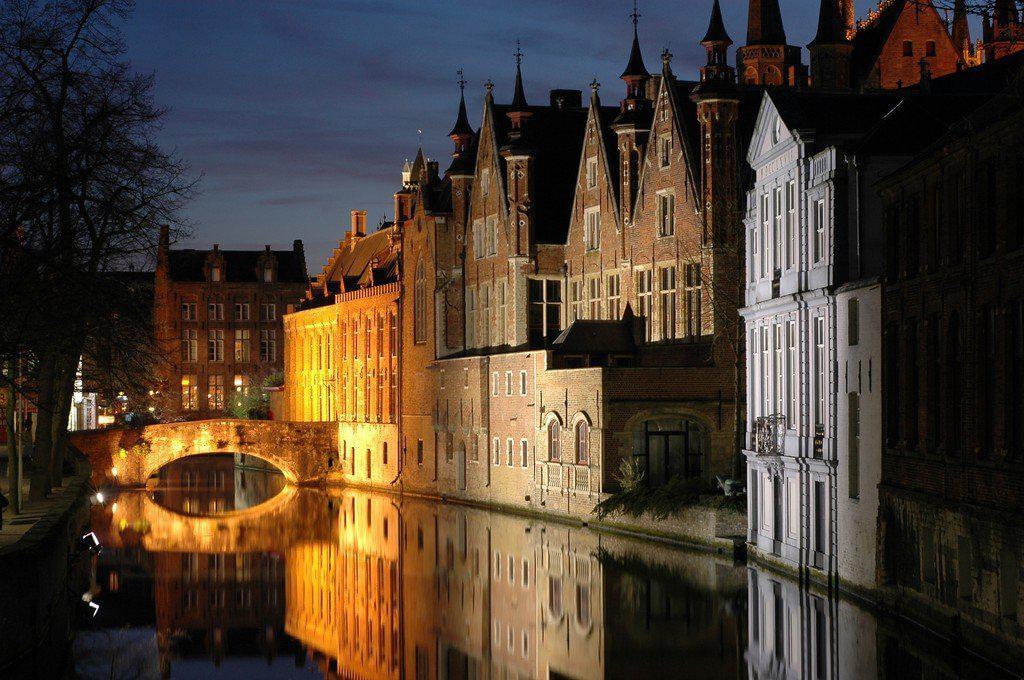Bruges et ses canaux